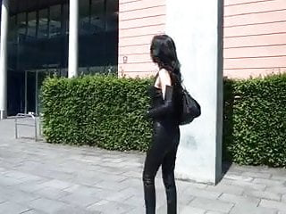 Non nude leather pants - A diva walking in leather pants