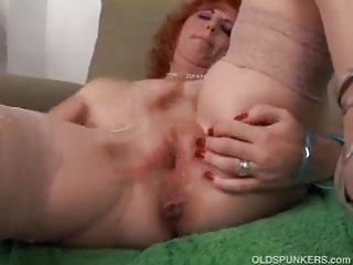 European hooker fucked until she squirts - Sexy mature redhead frigs her pussy until she squirts
