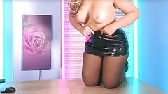 Kellie O B in the office sexy heels ans stockings