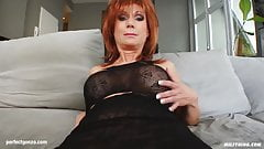 MILF hot mature lady Nina S gets a nice cock fuck her