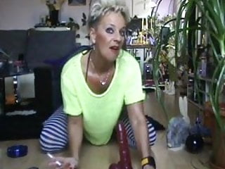Ladies dildo German older lady - dildo my ass
