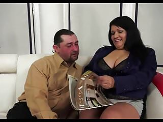 Up her anus lisa - Bbw mature whore with huge ass gets her anus stretched