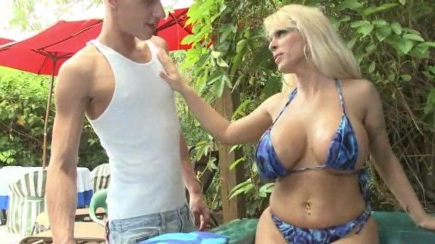 Threesome Blonde Big Tits