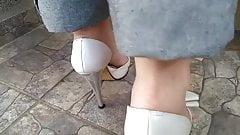 Gluren tenen voeten