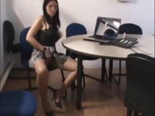 Videos delire sexy - Delire de la secretaire au bureau