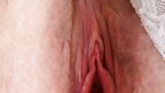 Amateur Milf pussy play and pussy spreading