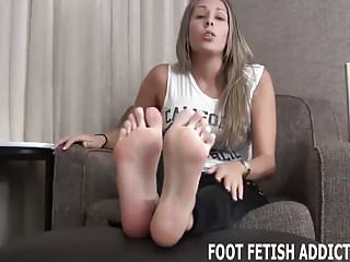 Free daily bdsm My perfect feet need to be worshiped daily