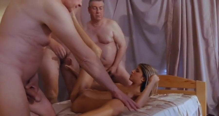 Mature Extreme Pussy Gangbang