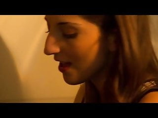 Lesbian actress kissing - Who is this gorgeous actress