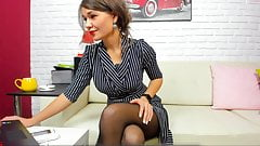 Stunning MILF Dressed Like a Lady then Wide Open Pussy Show