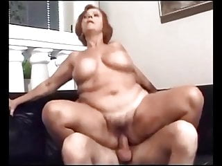 Woman that wear nappies porn Mature woman with big saggy boobs 3- wear tweed 1