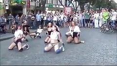 Teens twerking in public