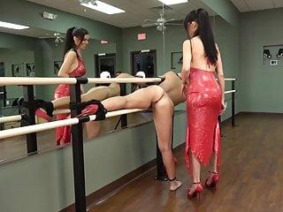 Domination bdsm lesbian slaves Lesbian mistress - domination
