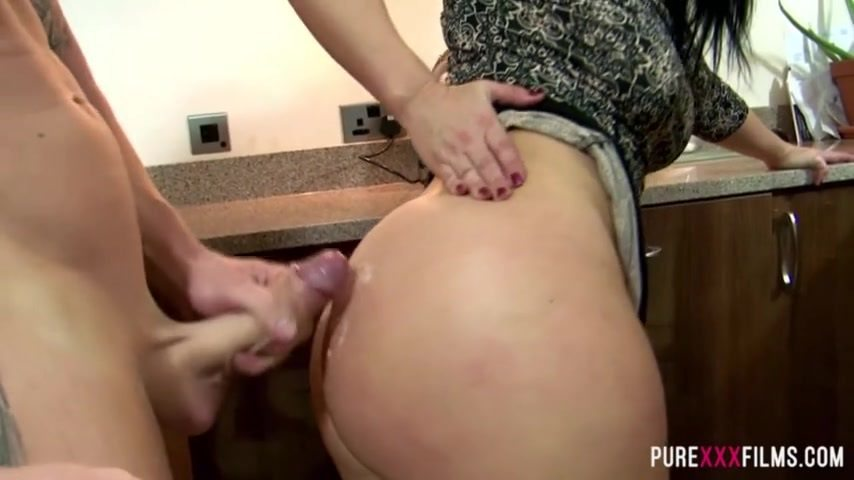 Big Booty Moms Doggystyle