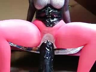 Hugest pussy in the wold - Hugest dildo fuck