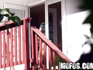 Big tit patrol 164 Mofos - pervs on patrol - big butt blonde makes sex tape for