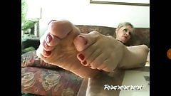 Yummy granny feet with lovely bunions