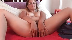 Curvy Next door girl playing with hairy cunt