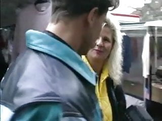 Fast flirt gay Flirting with a blonde mature in the street
