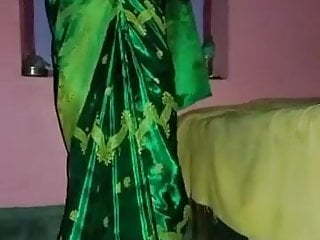 Indian housewives having sex with saree Satin silk saree bishu crossy 3
