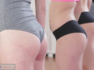 Gym bukkake - Fitnessrooms lesbian threesome for hot and sweaty gym babes