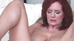 beautiful mature mother with posh body doggystyled