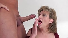 Lady Sonia liebt den Sperma