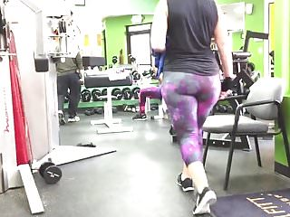 Number 1 hits 2009 adult The number 1 pawg in the gym