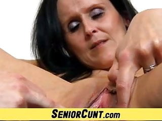 Pussy stretching workshop - Old with young pussy stretching games with hot milf nora