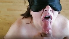 Sexy BBW puts on a mask and gets a face full of cum(Preview)