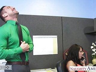 Peta nude ad Chesty office babe peta jensen fucking