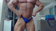 Str8 bodybuilder daddy flexing