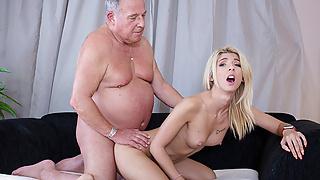 Missy loves satisfying old men