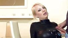 HeiBe Blonde unglaublicher Blowjob