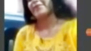 Facebookhot, aunty HEMA shows her nude body in Facebook call