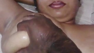 Indian bhabhi is in the mood