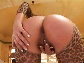 Atomic kitten sexy pictures - Sexy kitten double penetration