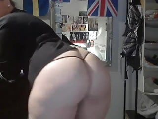 Girls with thick ass - Thick ass white girl showing off