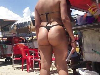 Meninas cariocas de bikini Morena de bikini preto