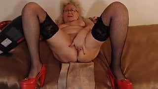 Webcam, insatiable anal hole and sweet pussy of step mom Marianna