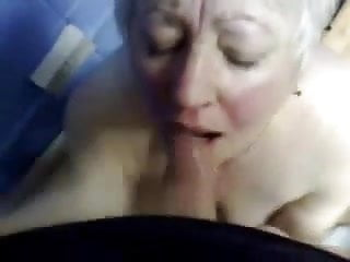 Fucks old aunt - Cumming in mouth of my old aunt