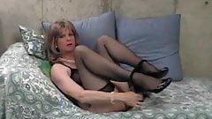 Donna Queen loves her dildo