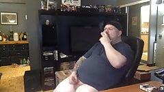 DAD TATTOO SMOKER AMAZING LONG CUMSHOT
