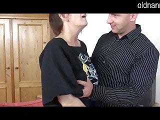 Man naked together - Granny and young man are blowjobing together