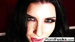 Romi, cycaty wampir