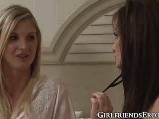 Natalie nice lesbian - Beautiful lily carter eaten out by blonde lesbian