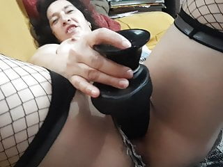 Sexy girl masturbates getting wet video My pussy is getting wet squirting