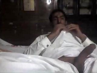Saudi Gay Porn Videos | xHamster