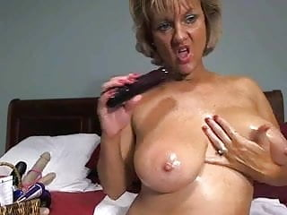 Big tited blonde porn - Awesome big tited mom masturbates