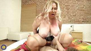 Old busty moms seduce young stupid stepsons